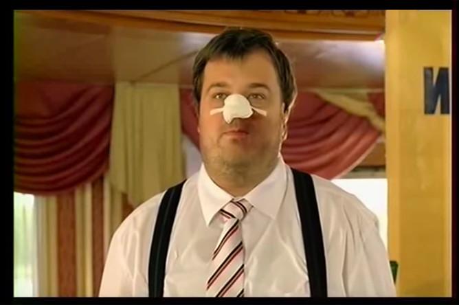 Василий Уткин в роли губернатора Цаплина в фильме «День выборов» (2007)