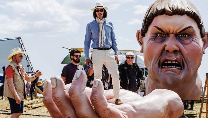 На съемках фильма Терри Гиллиама «Человек, который убил Дон Кихота» (2018)