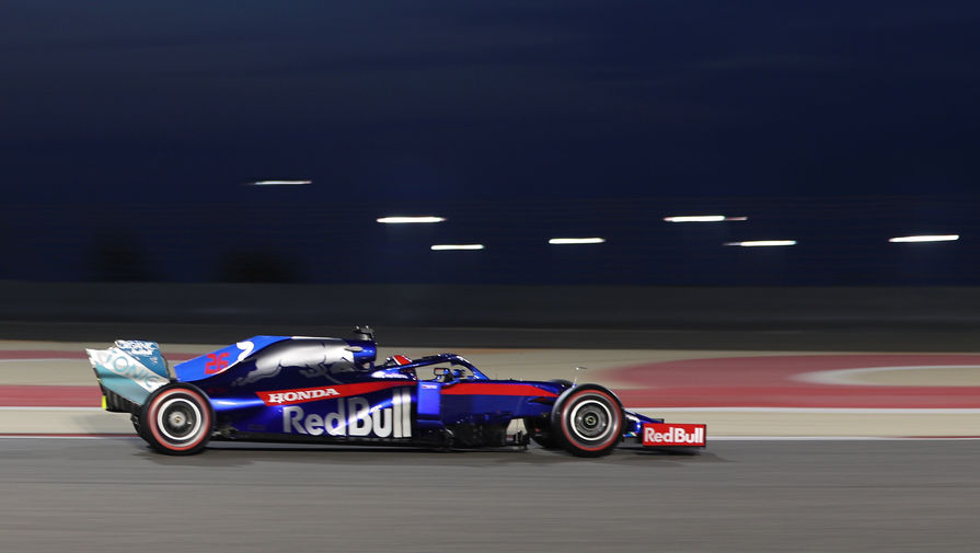 Квят финишировал в топ-10 на Гран-при Бразилии