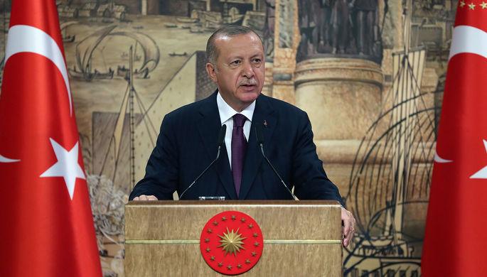 «Враждебная позиция»: Эрдоган призвал к бойкоту товаров из Франции