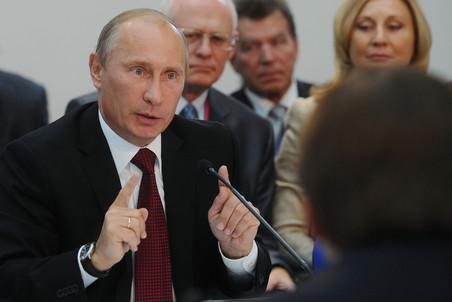 Средняя зарплата в России в ближайшие 2-3 года должна вырасти до 32 тысячи...
