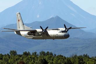 Военно-транспортный самолет Ан-26, архивный снимок