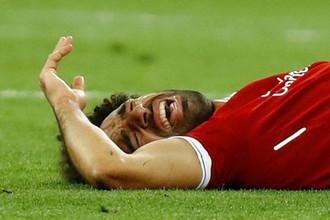Мохамед Салах плачет из-за травмы в финале Лиги чемпионов