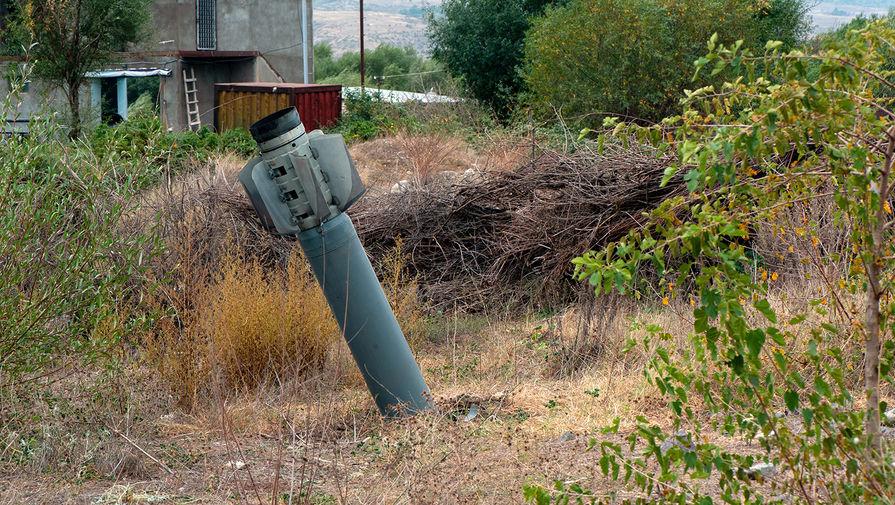 Реактивный снаряд системы «Смерч» на территории общины Иванян Нагорного Карабаха, 1 октября 2020 года