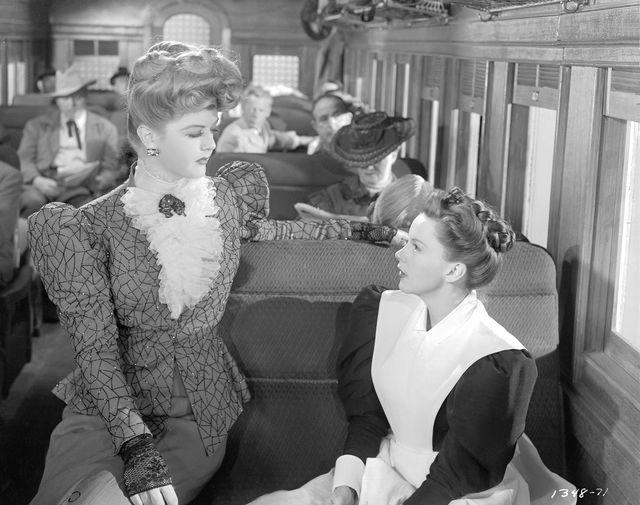 Кадр из фильма «Девушки Харви» (1946)