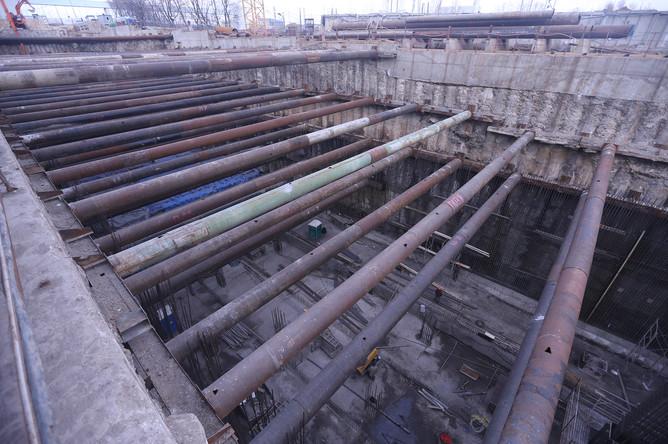 По действующему проекту станция — колонная, мелкого заложения, с двумя рядами колонн и островной платформой