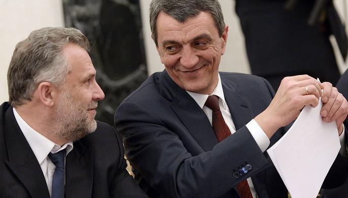 Председатель законодательного собрания Севастополя Алексей Чалый и губернатор Севастополя Сергей Меняйло (слева направо)