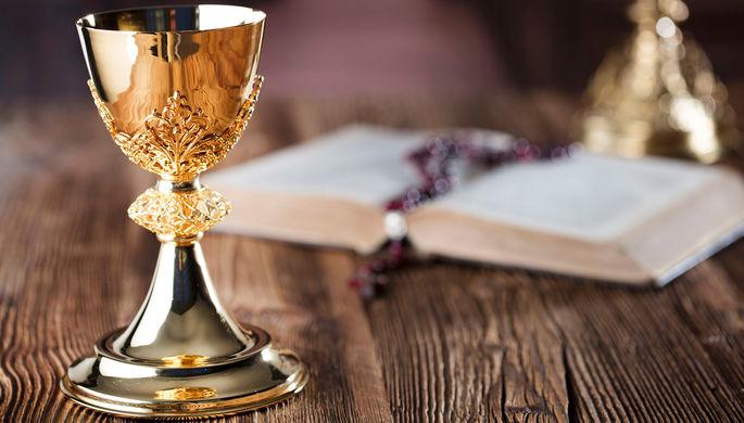 «С последующим сожжением»: РПЦ изменила правила богослужений