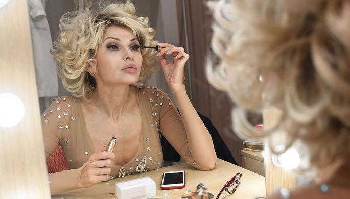 Актриса Эвелина Бледанс