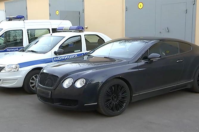 Автомобиль Bentley, на котором «похитили» девушку