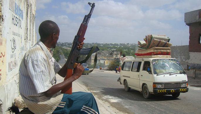 Страна без власти: кланы не поделили Сомали