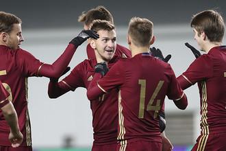 Молодежная сборная России в заключительном матче отборочного цикла чемпионата Европы – 2017 против команды Финляндии