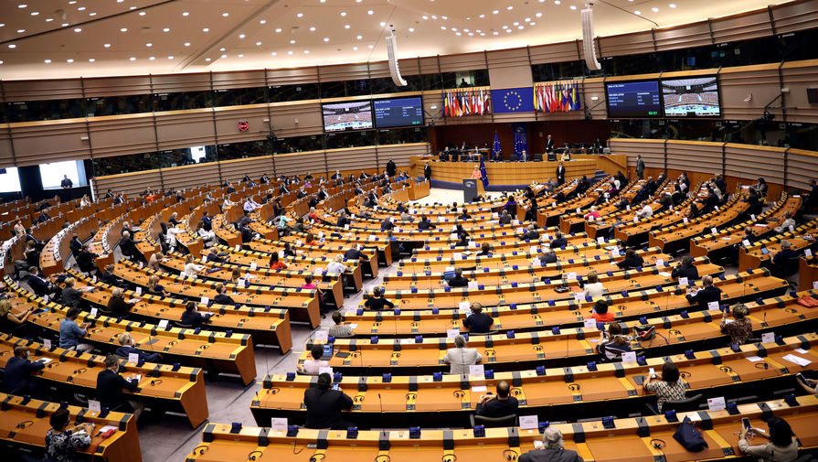 В Европарламенте выступили за остановку Северного потока - 2