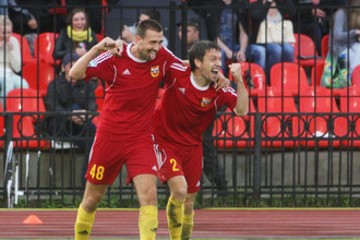 Александр Кутьин (слева) забил 11-й гол в сезоне