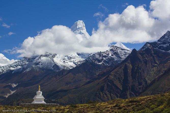Восемь альпинистов погибли на Эвересте за неделю