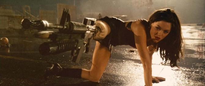 Кадр из фильма «Планета страха»