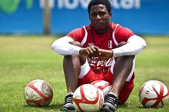 17-летний Барриос оказался 25-летним Эспиносой