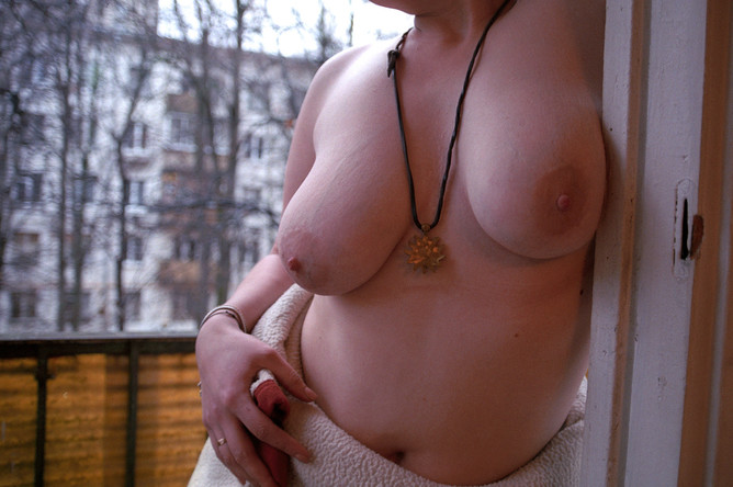 Экспонат фотовыставки «Just Tits»