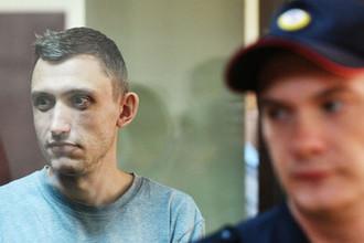 <b>Константин Котов, 34 года.</b> Осужден по статье о неоднократном нарушении установленного порядка проведения акций (ст. 212.1 УК). Приговорен к четырем годам колонии, вину не признал.