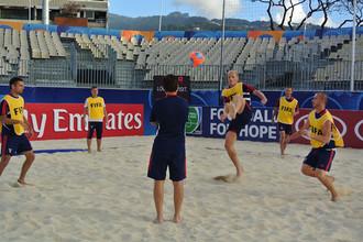 Накануне первого матча россияне опробовали песок стадиона «Тахуа Тоата»