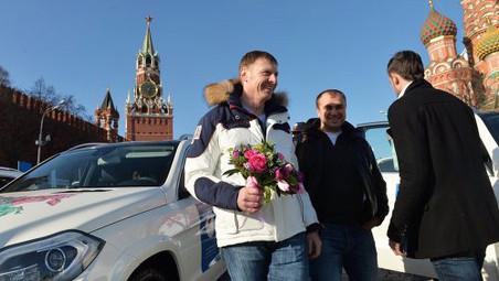 Олимпийскому чемпиону по бобслею Александру Зубкову разбили автомобиль
