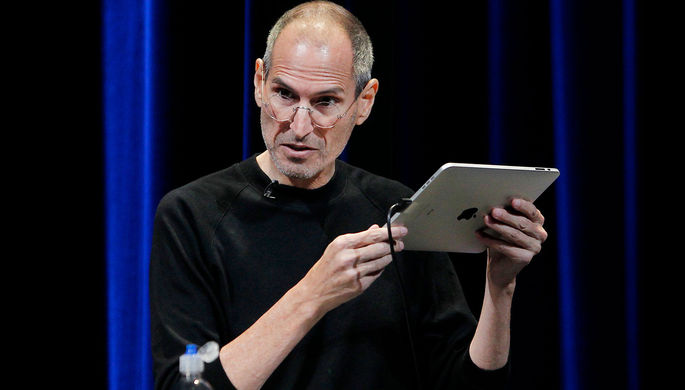 1. Планшет Apple iPad (2010)