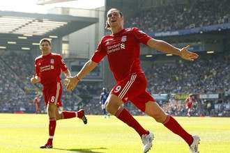 Эндрю Кэрролл забил свой первый гол в английской премьер-лиге этого сезона