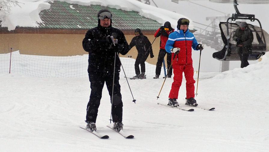 Путин и Лукашенко покатались на лыжах в Красной поляне