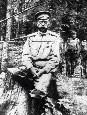 Одна из последних фотографий Николая II, сделанная во время его ссылки в Тобольске, лето 1917 года