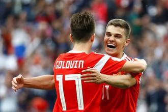 Александр Головин и Роман Зобнин должны стать лидерами сборной России на годы вперед