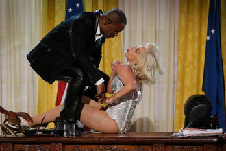 Ар Келли и Леди Гага выступают на American Music Awards в Лос-Анджелесе, 2013 год