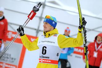 Победитель масс-старта Алексей Полторанин
