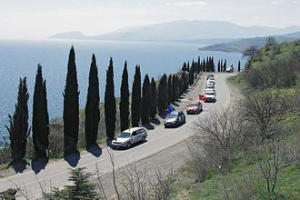 Дорога вдоль Черноморского побережья в Крыму