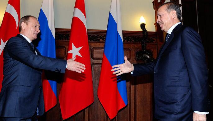 Владимир Путин и Реджеп Тайип Эрдоган (слева направо) во время встречи, 2010 год