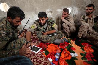 Бойцы SDF в Ракке, 25 сентября 2017