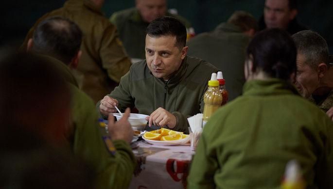 «Все будут мобилизованы — и мужчины, и женщины»: Зеленский о войне с Россией