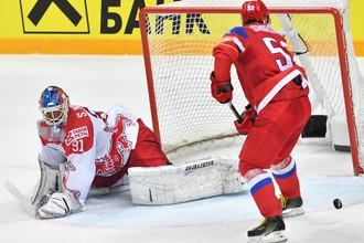 На ЧМ-2016 в Москве россияне забросили датчанам десять шайб, пропустив лишь одну
