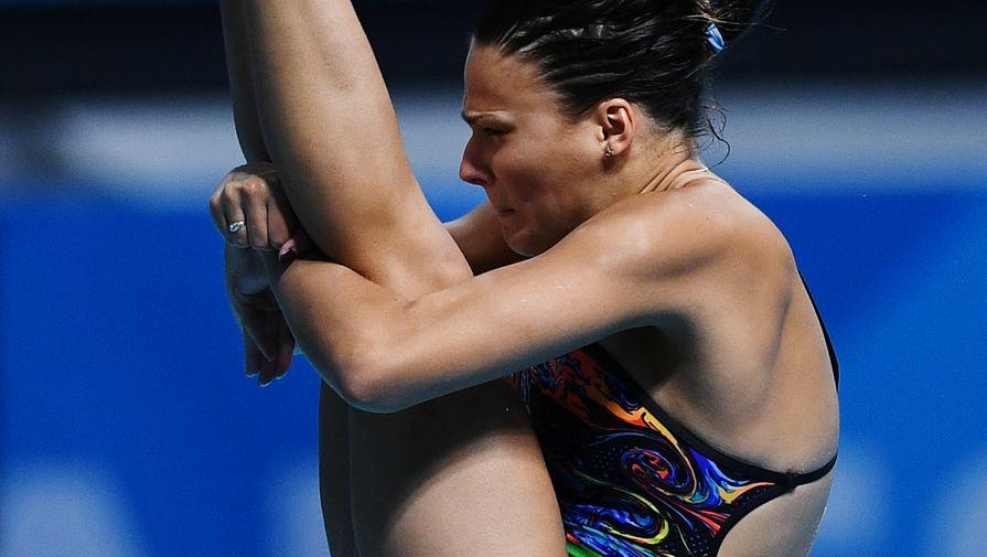 Мария Полякова (Россия) в финальных соревнованиях по прыжкам в воду