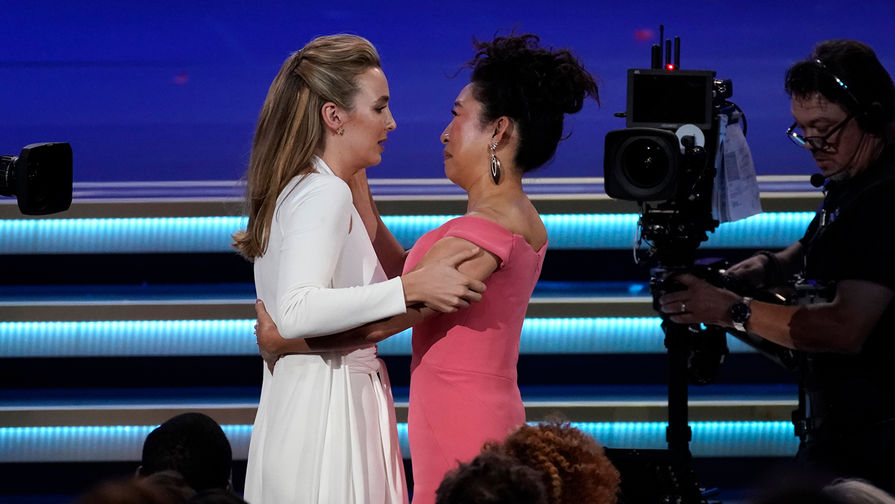 Джоди Комер во время церемонии вручения премии «Эмми» вЛос-Анджелесе, 22 сентября 2019 года