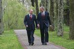 Владимир Путин и Джордж Буш всочинской резиденции главы российского государства Бочаров Ручей, 6 апреля 2008 года