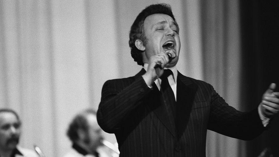 1980 год. Иосиф Кобзон дает концерт в Кабуле