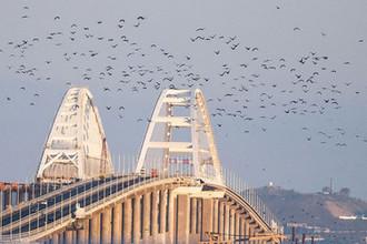 Ушел на склад: пролет Крымского моста достали из воды