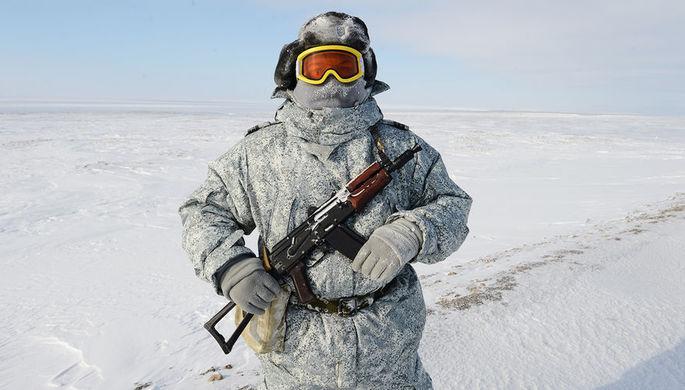 Арктическая дуэль: Россия и НАТО провели учения на Крайнем Севере