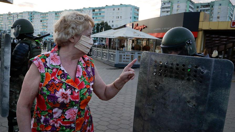 Во время акций протеста в Минске после выборов президента, 11 августа 2020 года
