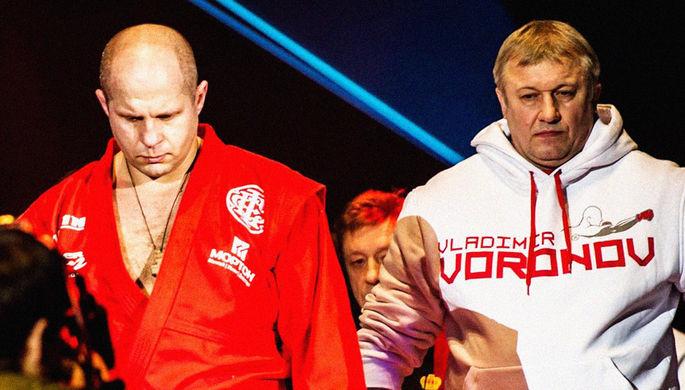 Российский боксер Александр Поветкин во время поединка с Хьюи Фьюри.