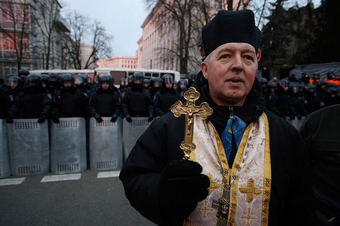 Украинская православная церковь Киевского патриархата считает, что церковь не может поддержать власть, если та поступает несправедливо