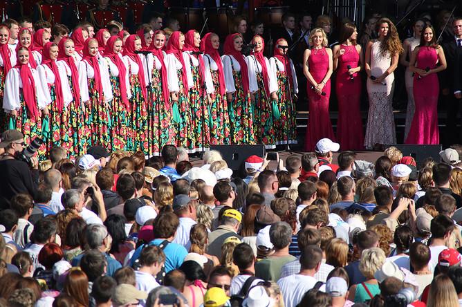 Открытие фольклорного фестиваля «Русское поле» в музее-заповеднике «Царицыно»