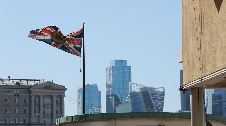 Великобритания решила сменить посла в России