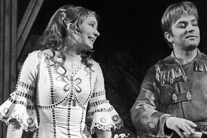 Татьяна Васильева и Михаил Державин в спектакле «Обыкновенное чудо», 1971 год