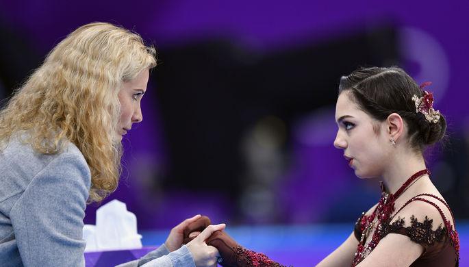 Тренер Этери Тутберидзе и фигуристка Евгения Медведева на Олимпиаде в Пхенчхане